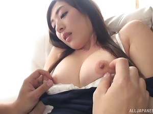 Spectacular Japanese MILF babe Sakaguchi Rena swallows a huge cumshot