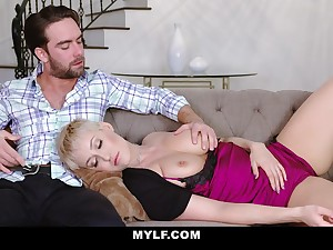 Jaw dropping mommy Ryan Keely gives a blowjob to her stepson and gets fucked doggy melody