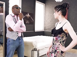 Deep anal with a black male doyen than her