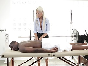 Fabulous MILFie masseuse Bridgette B provides Rob Piper with a sensual BJ