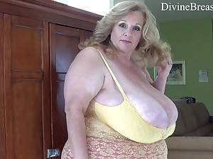 Obese mature mom with fat ass and elephantine jugs Suzie - Solo
