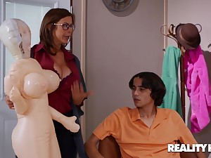 Bloated Sexual connection Drive - nerdy brunette stepmom Alexis Fawx fucked by younger boy Ricky Spanish