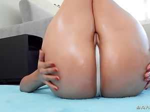 Latina nympho up massive plunder fucks jordi