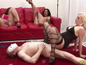 Homemade video of lucky guy fucking wife Crystal with an increment of twosome the brush friends