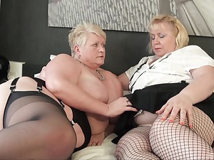 Fat matures try gradual lesbian action together