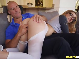 Oldest stepbrother ever gives out Burns and Cum