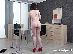 Sexy smart legged babe Sara Terrify is toying her pretty pink pussy