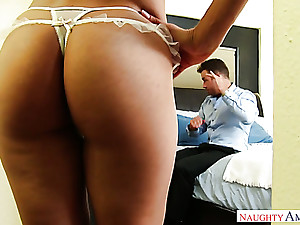 Bootyful woman boned bottomless gulf with respect to her snatch doggystyle