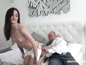 Teen babe Lulu Gun has an old dick fetish so she rides one