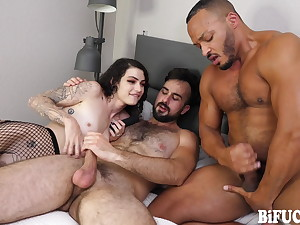 BiFuck: Hot FMM Anal Threesome in Messy Cumshot