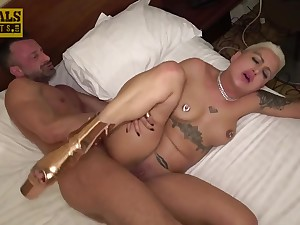 Short haired inked MILF hardcore porn video